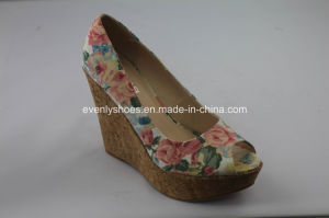 Flora Upper Wedge Sandal Sexy Fashion Lady High Heel Shoes pictures & photos