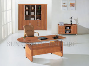 Modern Office Desk Melamine Table Top Durable Manager Furniture (SZ-ODL322) pictures & photos
