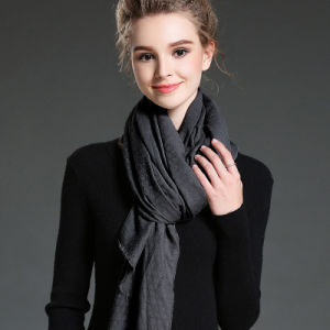 Women in Winter to Keep Warm Plain Polyester Scarf pictures & photos
