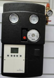 Split Pressure Solar Collector Controller System with Wilo Pump pictures & photos