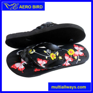 Women Slipper Sandal Wih Specially Design Straps pictures & photos
