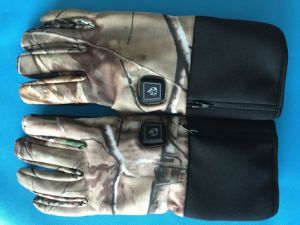 Battery Heated Hunting Gloves With Smart Dual Charger(S19) pictures & photos