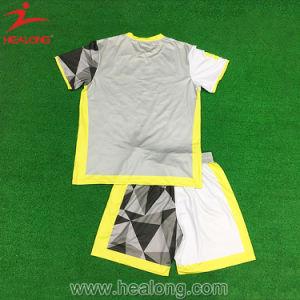 Healong Sublimation Fashion Customized Design Football Kit Sportswear pictures & photos