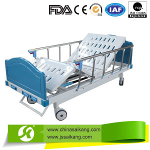 Saikang Luxury Double Crank Home Care Manual Bed pictures & photos