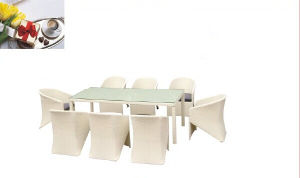 9 PCS White Europe Style Dining Sets pictures & photos