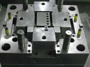 Spare Parts Plastic Injection Moulding pictures & photos