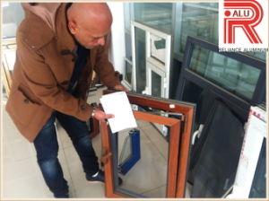 Aluminum/Aluminium Powder Coating Extrusion Profiles for Sliding Window pictures & photos