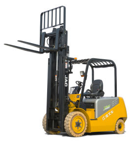 3ton Electric Forklift Truck/ with High Capacity of AC Battery pictures & photos