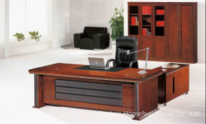 High Quality Mahogany Wooden Office Executive Desk (HF-MH09243) pictures & photos