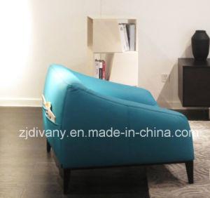 Italian Fashion Style Blue Leather Single Sofa (D-76A) pictures & photos