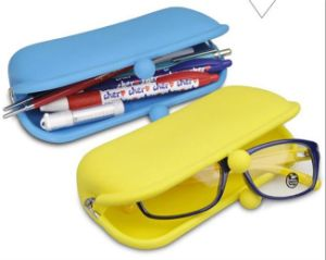 Silicone Pouch for Glasses Cellphone Cosmetics Keys pictures & photos