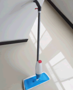 Spray Mop in Dolphin Type pictures & photos