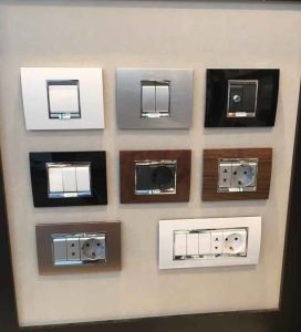 Luxury Design European Gang Switch Wall Socket pictures & photos
