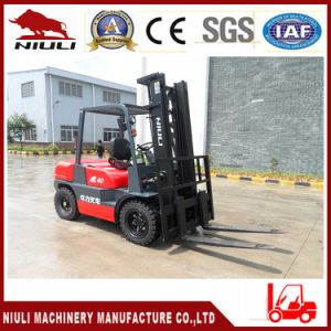 4.0 Ton Diesel Forklift Truck with CE pictures & photos