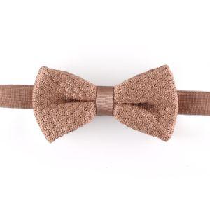 New Design Fashion Men′s Cheap Bowtie (YWZJ 69) pictures & photos