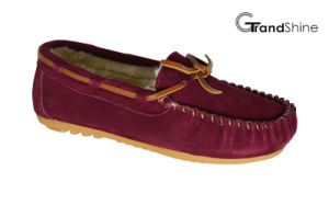 Women′s Moccasin Casual Driving Shoes Slip on Footwear with String pictures & photos