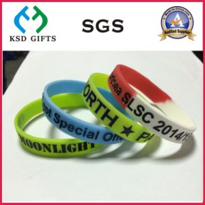 Wide Ink Filled Letters Customized Silicon/Silicone Wristband (KSD-884) pictures & photos