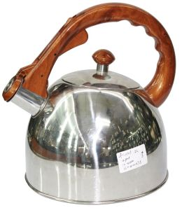 Whistling Water Kettle Wooden Handle pictures & photos