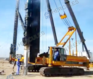 Crawler Diesel Hammer Pile Driver (DCB series) pictures & photos