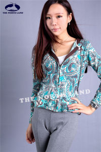 Cashmere Hoodie Cardigan with Paisley Prints pictures & photos