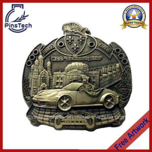 Custom 3D Die Cast Pin Badge, with Antique Gold Finish pictures & photos