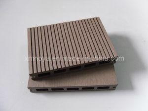 Waterproof WPC Outdoor Decking / Green Flooring (HS145*22) pictures & photos