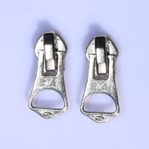 Ezy Derlin Nylon Metal Body Zipper Slider Can Make All Colors pictures & photos