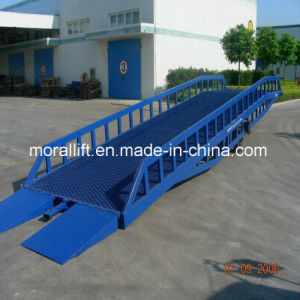 15T Mobile Forklift Container Loading Dock Ramp pictures & photos