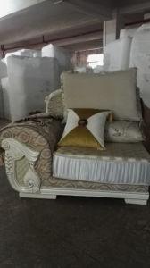 New Classic Fabric Sofa, Saudi Arab Sofa (2035) pictures & photos