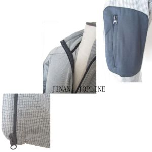 Spring/Autumn Micro Fleece Stitching-Color Leisure Jacket for Men pictures & photos