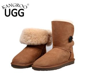 Classic Sheepskin Winter Women Boots with Single Button Chestnut pictures & photos
