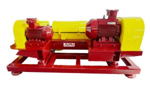Decanter Centrifuge for Oilfield Mud Cleaning and Solids Control System pictures & photos