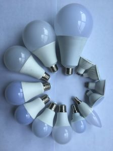 Manufacture Wholesale Ce RoHS Energy Saving Bulb 7W9w12W15W18W20W25W LED Bulb pictures & photos