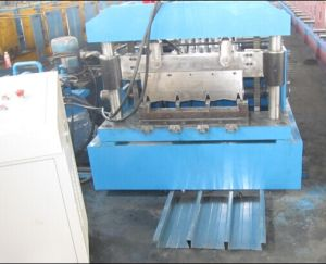 Metal Deck Roll Forming Machine (YX57-900) pictures & photos