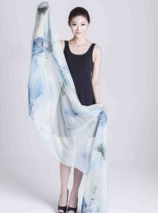 Silk Digital Printed Shawl (12-BR110303-16) pictures & photos