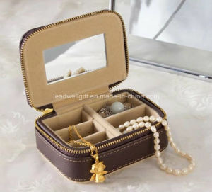 Small Brown Leather Travel Jewelry Box Organizer Display Storage Case pictures & photos