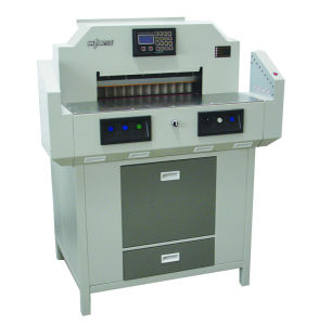New Condition and Paper Cutting Machine Type A4 Paper Cutting Machine (520H) pictures & photos