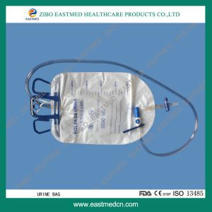 CE&ISO Approved Cross Valve Luxury Urine Bag with Slide Clamp& Air Inlet Filter pictures & photos