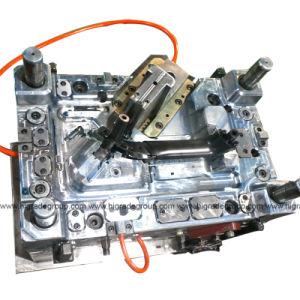 Injection Mould/Plastic Mould/Automobile Injection Mold&Automobile C Column Injection Mold pictures & photos