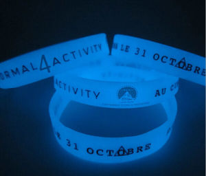 OEM Silicone Bracelet, Glow in The Dark Silicone Wristband pictures & photos