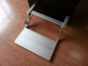 Manual Folding Step Manual Foot Step for Motorhome (ES-F-S-600-M) pictures & photos