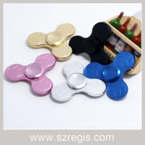 Top Selling EDC Hand Spinner Clover Fingertips Gyro Finger Toys pictures & photos