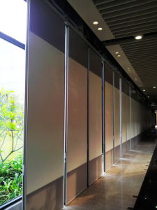 Operable Partition Wall for Call Center/Reception Room pictures & photos
