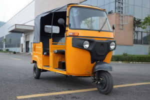 High Performance 150-300 Cc Passenger Motorized Tricycle, Tuk Tuk Style Tricycle, Rickshaw Tricycle for Passenger