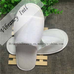 Disposable Hotel Bathroom Slippers Open Toe Slipper pictures & photos