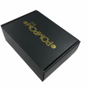Hot Gold Stamping Carton Paper Gift Box for Shipping pictures & photos