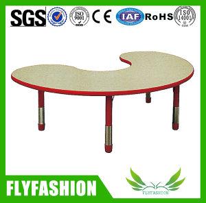 Simple Design Children Furniture Kid Study Table Desk (SF-52C) pictures & photos