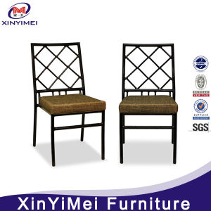 Royal Elegant Special Design Used Cross Back Chiavari Chairs pictures & photos