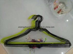 Exquisite Color Coated Wire Hanger pictures & photos