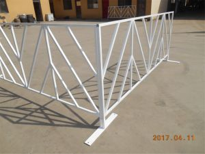 Used Guardrail Traffic Safety Temporary Pedestrian Barricades for Sale pictures & photos